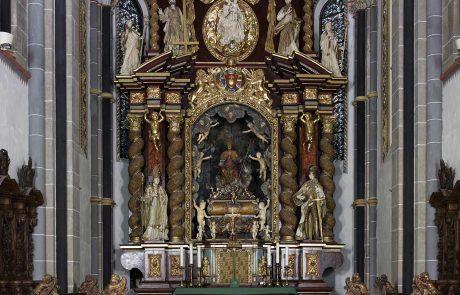 Die Kirche in Essen werden restauriert von der Restaurierungen Berchem GmbH